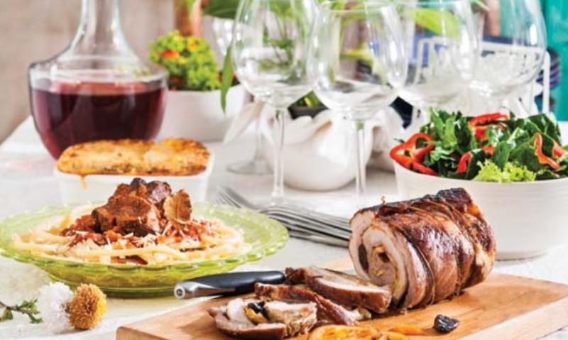 Το γιορτινό τραπέζι του Δεκαπενταύγουστου-featured_image