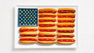 Των Η.Π.Α. με χοτ-ντογκ, κέτσαπ και μουστάρδα
