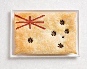 Της Αυστραλίας, με κρεατόπιτα και σάλτσα
