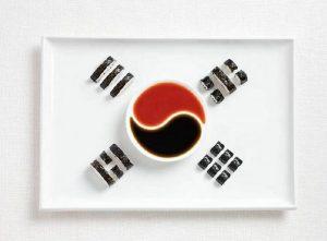 Σημαία της Νότιας Κορέας με Kimbap και σάλτσες