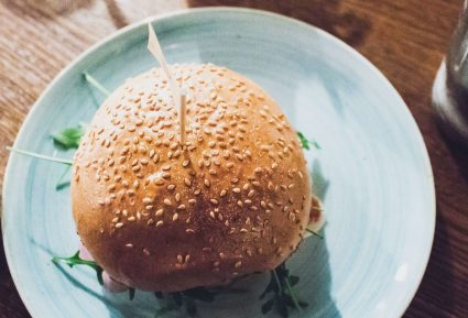 Αφράτα ψωμάκια για burger-featured_image