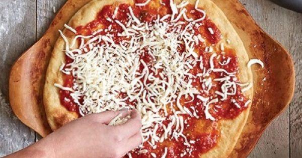 πως φτιαχνω κατεψυγμένη πίτσα ψησιμο σπιτικη πιτσα στην καταψυξη
