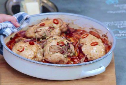 Φιλέτο κοτόπουλο στο φούρνο με ντοματίνια και γραβιέρα-featured_image
