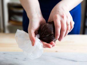 Πώς θα γεμίσετε σωστά το κορνέ ζαχαροπλαστικής