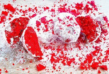 Κόκκινες χιονόμπαλες-featured_image