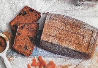κέικ ολικής αλέσεως με αποξηραμένα φρούτα αλεύρι ολικής συνταγη