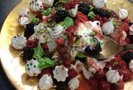 Χριστουγεννιάτικο γλυκό με μαρέγκες-featured_image