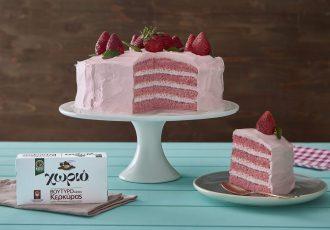 ροζ τούρτα φράουλα γενεθλίων για κορίτσι φράουλες