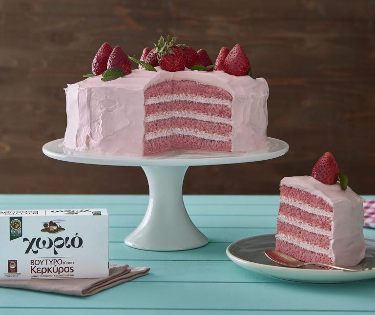 Ροζ τούρτα φράουλα