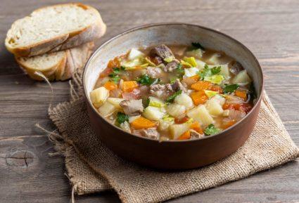Μοσχάρι σούπα με λαχανικά-featured_image