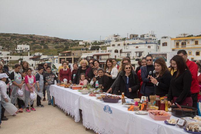 Η οικονομία του νησιού περιλαμβάνει προϊόντα υψηλής ποιότητας, οινοποιείο, τυροκομείο και παραγωγές σε κάθε σπίτι για τις ανάγκες της οικογένειας.
