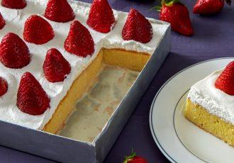 εύκολο γλυκό ψυγείου με φράουλες tres leches cake συνταγη