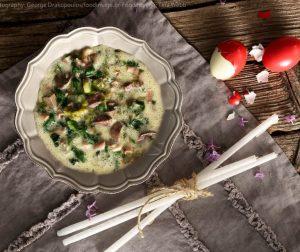 συνταγές για μαγειρίτσα πασχαλινή αργυρω