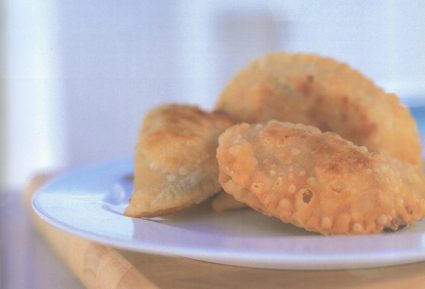 Νησιώτικα τυροπιτάκια με ξινομυζήθρα (Πιταράκια)-featured_image