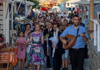 Στην Αντίπαρο, στην αναβίωση του παραδοσιακού γάμου-featured_image