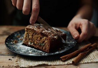 εύκολη πετιμεζόπιτα με καρύδια χωρίς ζάχαρη κέικ αφράτη