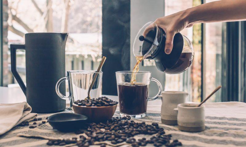 Πώς θα γλυκάνεις τον καφέ σου χωρίς ζάχαρη και γλυκαντικά-featured_image