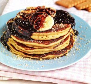 pancakes με ζύμη μπισκότου μπισκοτο