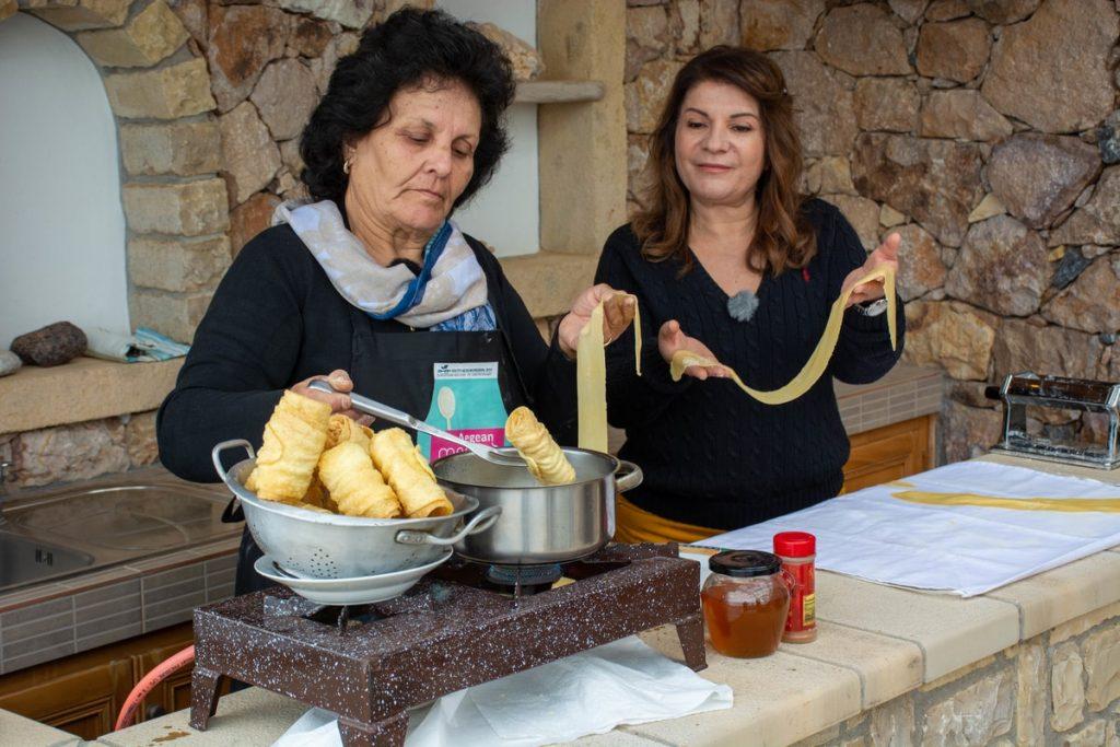 παραδοσιακά ξεροτήγανα με σιρόπι εύκολη συνταγή αργυρω λειψοι οι μαμαδες του αιγαιου