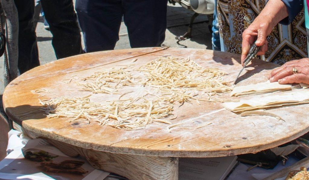 μάτσι παραδοσιακά ζυμαρικά Ρόδου κουλουρία παραδοσιακό ροδίτικο ζυμαρικό συνταγη ματσόαλο