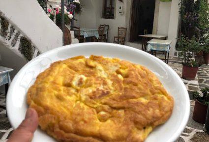 Ομελέτα με τυρί (Μανουρομελέτα Νάξου)-featured_image