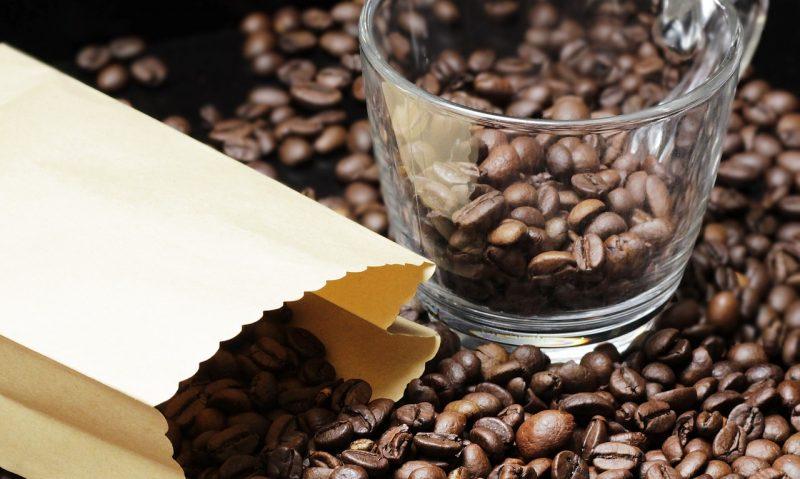 Πού αποθηκεύω τον καφέ; Στο ψυγείο ή στο ντουλάπι;-featured_image