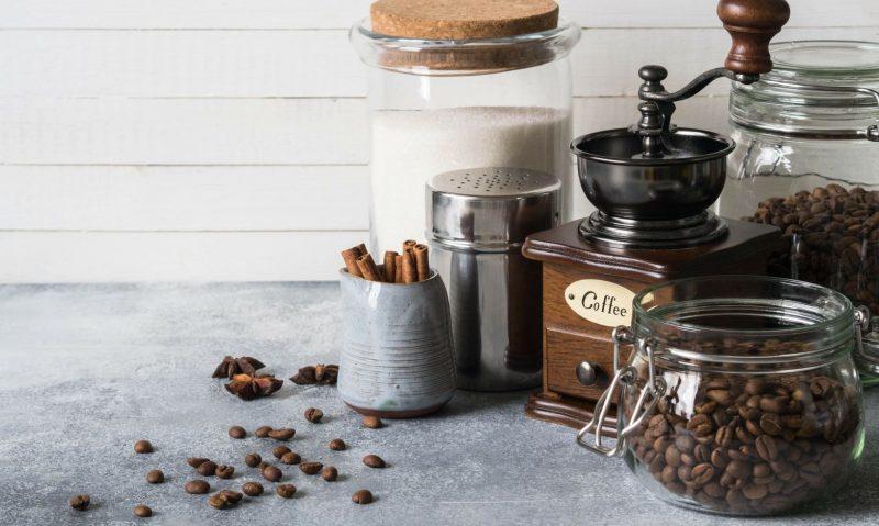 Που αποθηκεύω τον καφέ; Στο ψυγείο ή στο ντουλάπι;-featured_image