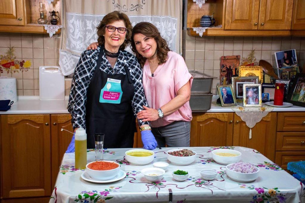 Τη μοναδική αυτή παραδοσιακή συνταγή του Αιγαίου, μοιράστηκε μαζί μας η κ. Αλεξάνδρα και την ευχαριστούμε πολύ.