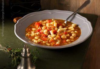 κοκκινα ρεβύθια σούπα με ντομάτα κοκκινιστα συνταγη