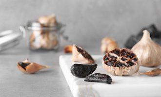 Μαύρο σκόρδο: μια υπερτροφή με πολλά οφέλη-featured_image