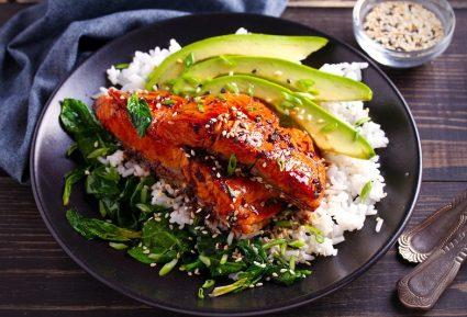Σολομός με σάλτσα τεριγιάκι και ρύζι-featured_image
