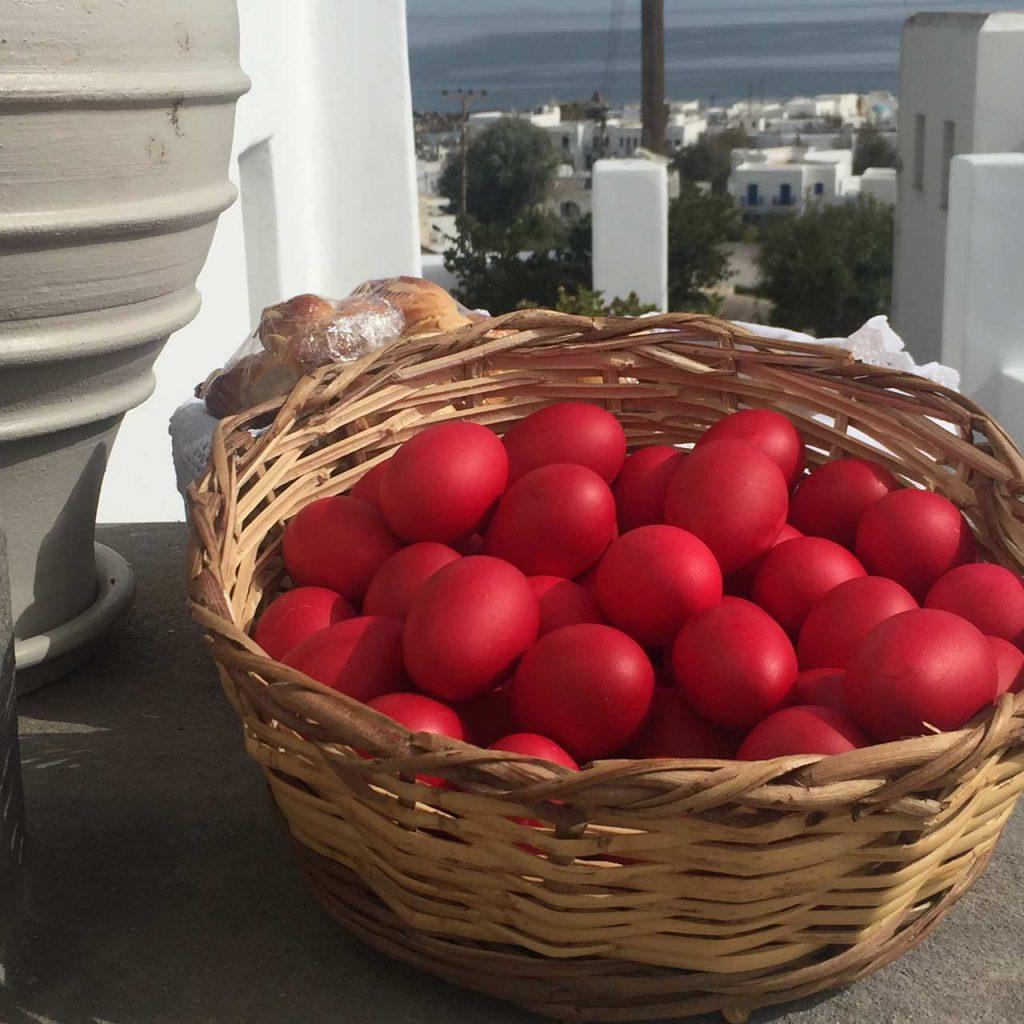 πως βαφουμε αυγα πασχα βαψιμο αυγων κοκκινα αυγα πασχαλινα