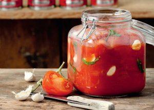 σάλτσα ντομάτας στην κατάψυξη συντηρηση ντοματα σε βαζο με αρωματικα ντοματινια