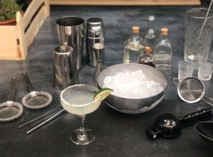 εξοπλισμός μπαρ ειδη bar εργαλεια bartender κοκτειλ στο σπιτι