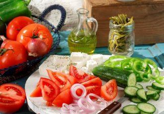 Χωριάτικη σαλάτα-featured_image
