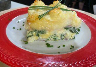 αυγά στο φούρνο με ζαμπόν και τυρί