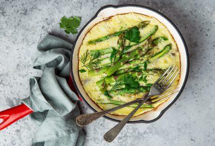 Σπαράγγια με αυγά (ομελέτα)-featured_image