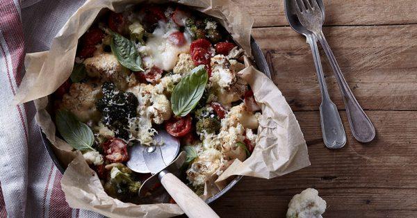 κουνουπίδι και μπρόκολο στο φούρνο με τυριά σαν πιτσα συνταγη αργυρω