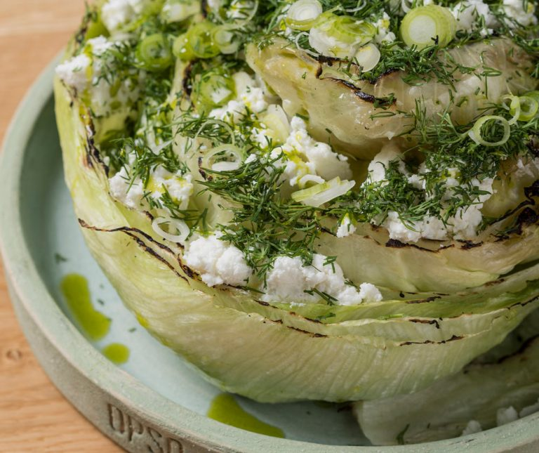 Σαλάτα μαρούλι με άνηθο και φέτα από την Γεωργιάννα Χιλιαδάκη