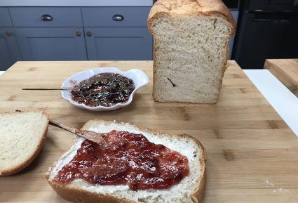 Σπιτικό ψωμί στον αρτοπαρασκευαστή-featured_image