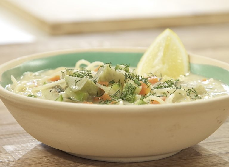 Φιδές με λαχανικά και χούμους