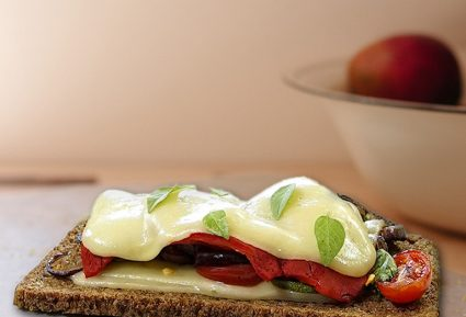 Ανοιχτό σάντουιτς με ψητά λαχανικά-featured_image